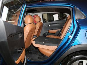 2017款1.4L AT GLS 后排座椅放倒
