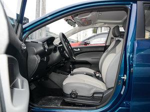 2017款1.4L 自动Deluxe 前排空间
