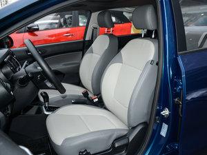 2017款1.4L 自动Deluxe 前排座椅