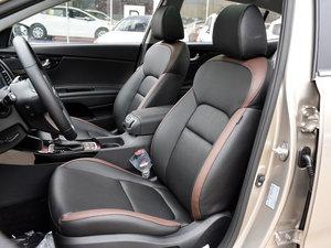 2017款1.8L DLX 前排座椅