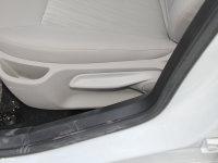 空间座椅风神L60座椅调节