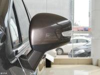 细节外观风神AX5后视镜