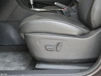 空间座椅风神AX5座椅调节