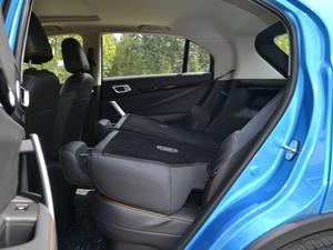 2017款1.6L 手动潮悦型 后排座椅放倒