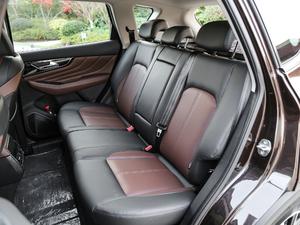 2018款1.6T 自动豪华型 后排座椅