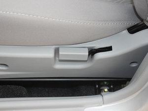 2012款1.3L 手动舒适版 座椅调节