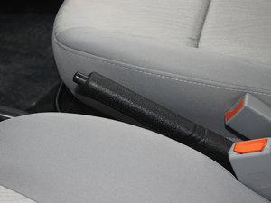 2012款1.3L 手动舒适版 驻车制动器