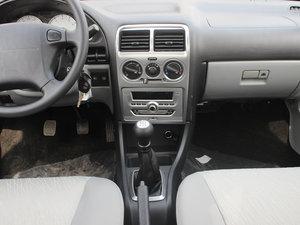 2012款1.3L 手动舒适版 中控台