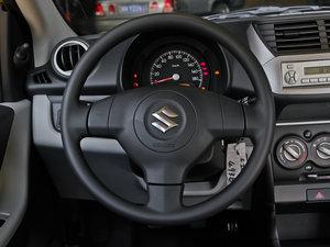 2013款1.0L 手动舒适版 方向盘
