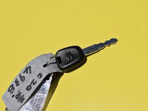 2013款1.0L 手动舒适版 钥匙