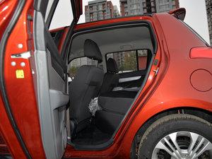 2016款1.5L 手动时尚型 后排座椅放倒