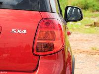 细节外观天语SX4两厢尾灯
