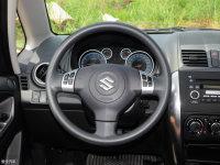中控区天语SX4两厢方向盘