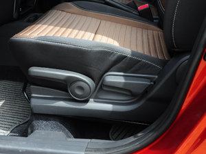 2016款1.6L 自动经典版 座椅调节