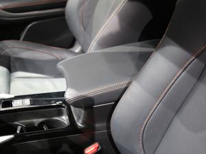 2018款1.5T CVT四驱真我版 空间座椅