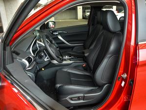 2019款1.5T CVT四驱真我版 前排座椅