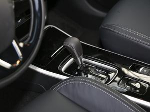 2019款2.4L 两驱致行版 变速挡杆