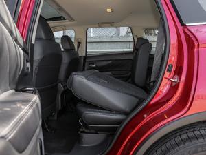 2019款2.4L 四驱致享版 后排座椅放倒