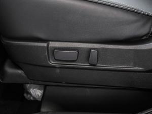 2019款2.0L 两驱畅享版 座椅调节