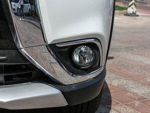 2016款2.4L 四驱7座尊贵版 雾灯