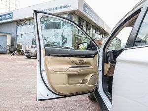 2016款2.4L 四驱7座尊贵版 驾驶位车门