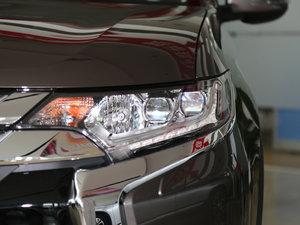2016款2.4L 四驱7座豪华版 头灯