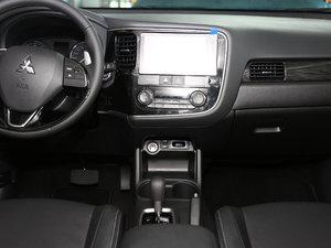 2016款2.4L 四驱7座豪华版 中控台