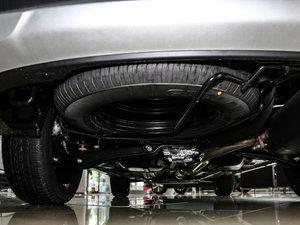2016款2.4L 四驱7座豪华版 备胎