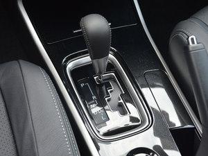 2017款2.0L 两驱5座荣耀版 变速挡杆