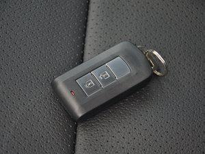 2017款2.0L 两驱5座荣耀版 钥匙