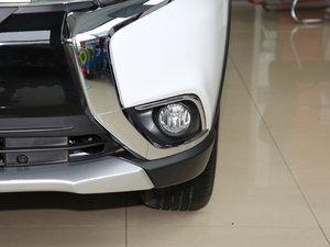 2017款2.0L 两驱5座荣耀版 雾灯