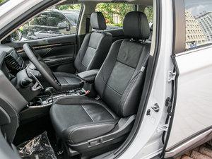 2018款2.4L 四驱尊贵版 前排座椅