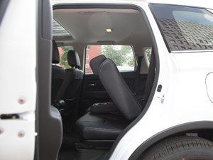 2018款2.4L 四驱尊贵版 后排座椅放倒