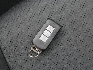 2018款2.0L 两驱嘉乐版 钥匙