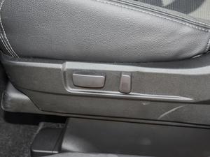 2018款2.4L 四驱尊贵版 座椅调节