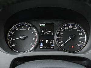 2018款2.4L 四驱尊贵版 仪表