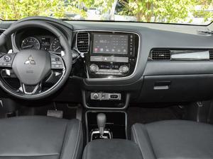 2018款2.4L 四驱尊贵版 中控台