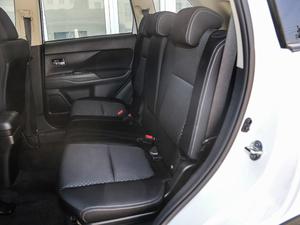 2018款2.0L 两驱风尚版 后排座椅