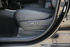 2018款2.4L 四驱豪华版 座椅调节