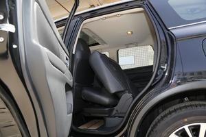 2018款2.4L 四驱豪华版 后排座椅放倒