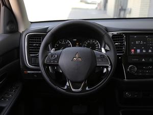 2018款2.4L 四驱豪华版 方向盘