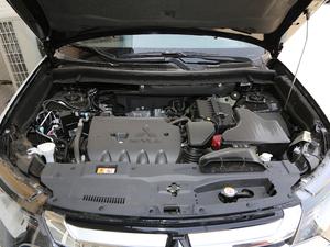 2018款2.4L 四驱豪华版 发动机
