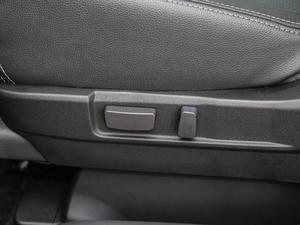 2018款2.4L 四驱精英版 座椅调节