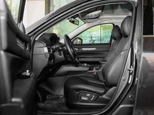 2019款2.5L 两驱尊贵型 前排空间