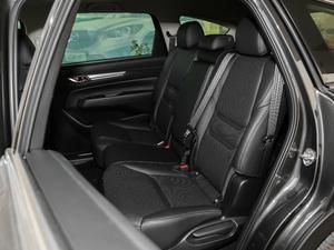 2019款2.5L 两驱尊贵型 后排座椅
