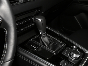 2019款2.5L 两驱尊贵型 变速挡杆