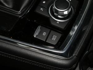 2019款2.5L 两驱尊贵型 驻车制动器