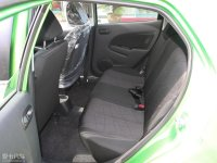 空间座椅马自达2两厢后排空间