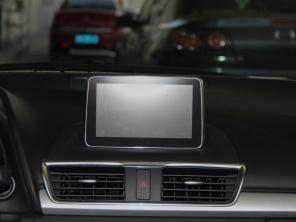 长安马自达2014款昂克赛拉两厢高清图片