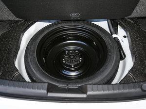 2017款三厢 1.5L 自动尊贵型 备胎